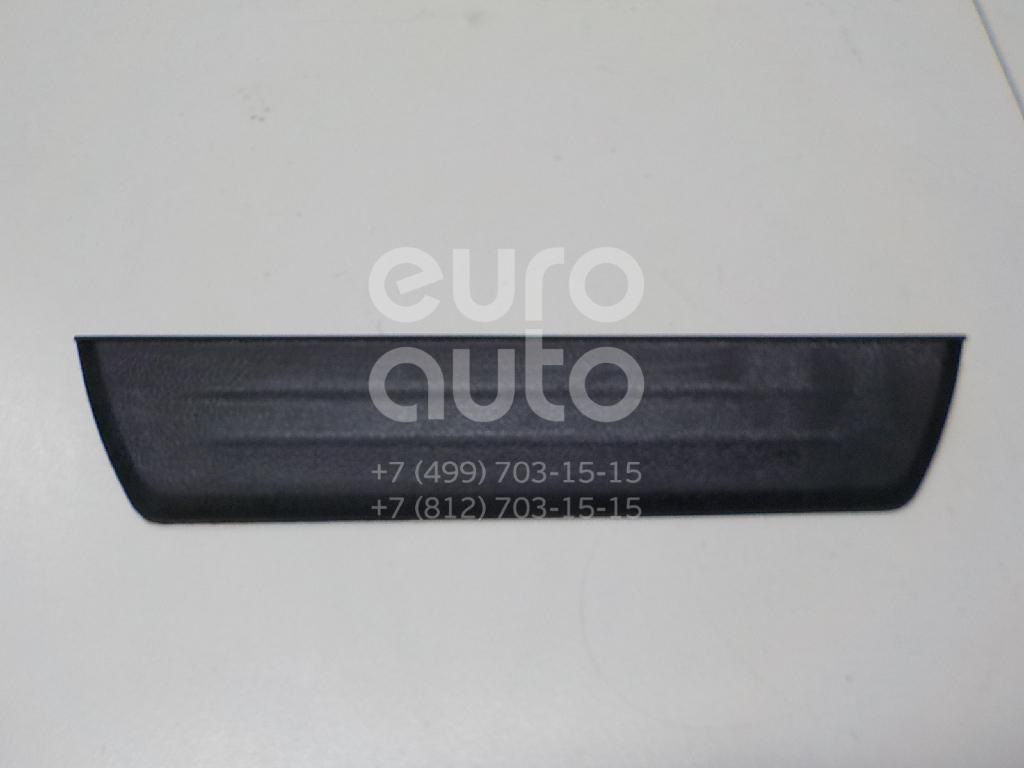 Купить Накладка порога (внутренняя) Toyota Hilux 2015-; (679160K030C0)