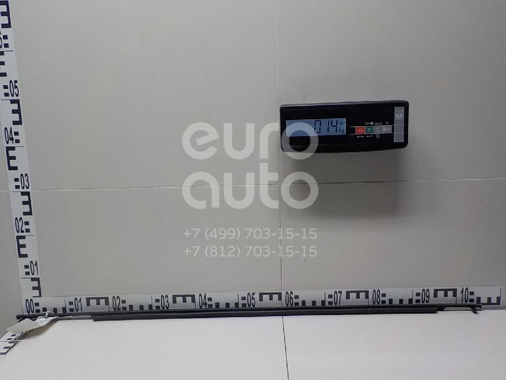 Купить Молдинг передней левой двери Toyota Verso 2009-; (757200F020)