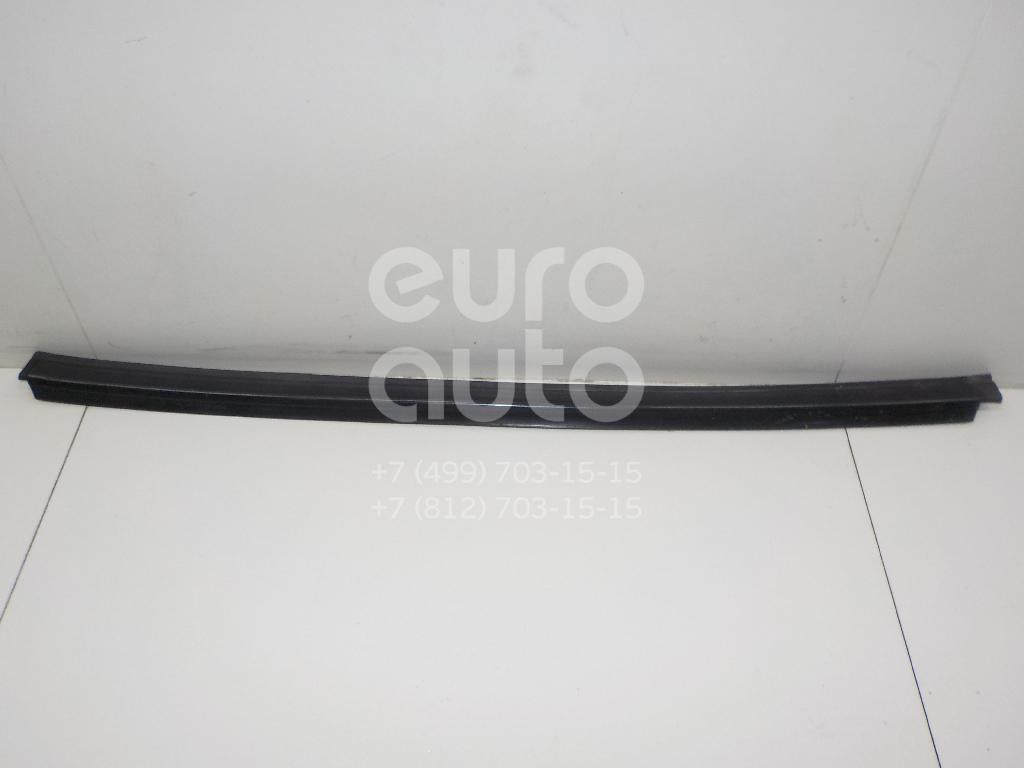Купить Накладка стекла переднего левого Mercedes Benz Vito (638) 1996-2003; (6387250023)