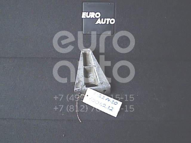 Кронштейн (сопут. товар) для BMW 7-серия E32 1986-1994;5-серия E34 1988-1995 - Фото №1