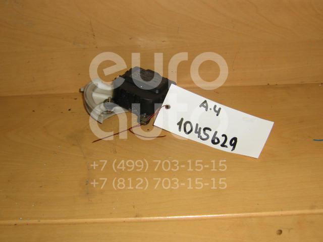 Моторчик заслонки отопителя для VW A4 [B5] 1994-2000;Passat [B5] 1996-2000;A4 [B6] 2000-2004;Passat [B5] 2000-2005 - Фото №1