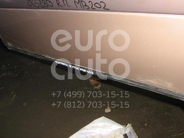 Молдинг передней правой двери для Mercedes Benz W202 1993-2000 - Фото №1