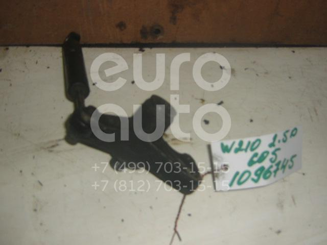 Кронштейн ролика-натяжителя руч. ремня для Mercedes Benz W210 E-Klasse 1995-2000 - Фото №1