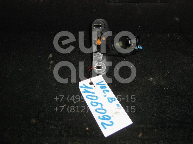 Кнопка открывания багажника для Opel Vectra B 1995-1999 - Фото №1