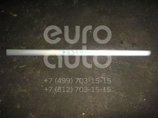 Молдинг передней правой двери для Mercedes Benz W163 M-Klasse (ML) 1998-2004 - Фото №1