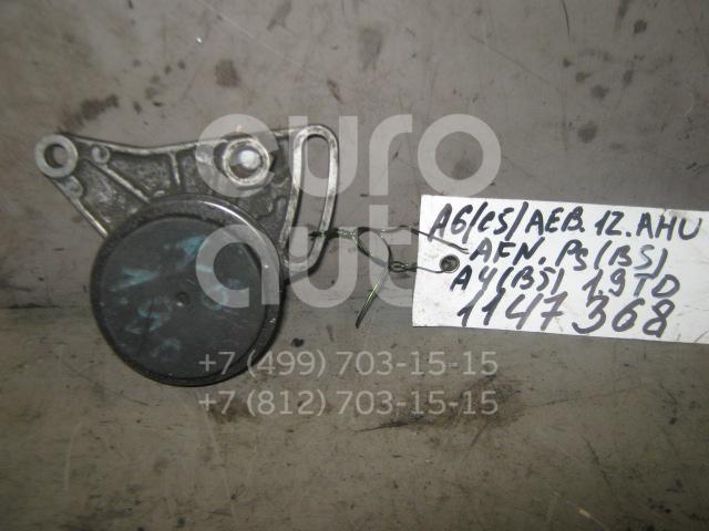 Ролик руч.ремня с кронштейном для Audi,VW,Skoda A6 [C5] 1997-2004;A4 [B5] 1994-2001;A6 [C4] 1994-1997;A8 [4D] 1994-1998;Passat [B5] 1996-2000;A4 [B6] 2000-2004;A8 [4D] 1999-2002;Passat [B5] 2000-2005;Superb 2002-2008 - Фото №1