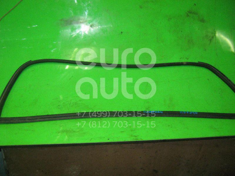 Уплотнитель заднего стекла для VW Touareg 2002-2010 - Фото №1