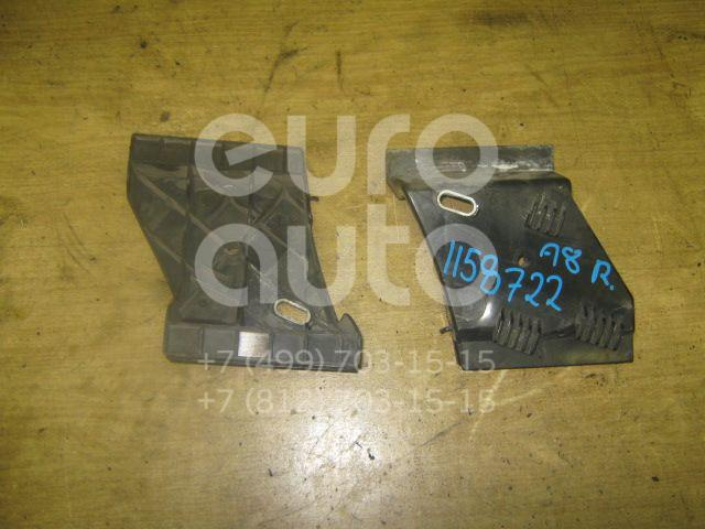 Направляющая заднего бампера правая для Audi A8 [4D] 1994-1998;A8 [4D] 1999-2002 - Фото №1
