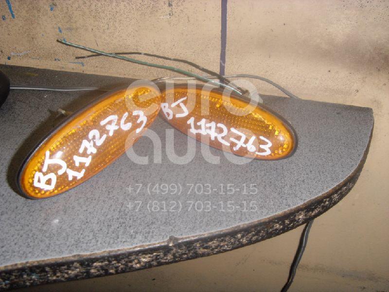 Повторитель на крыло желтый для Mazda 323 (BJ) 1998-2003;323 (BA) 1994-1998 - Фото №1