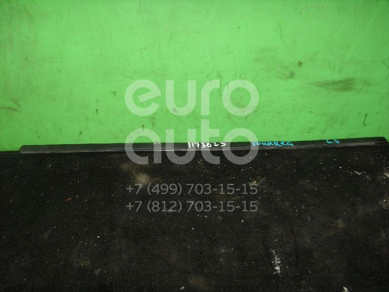 Уплотнитель стекла двери для VW Touareg 2002-2010 - Фото №1