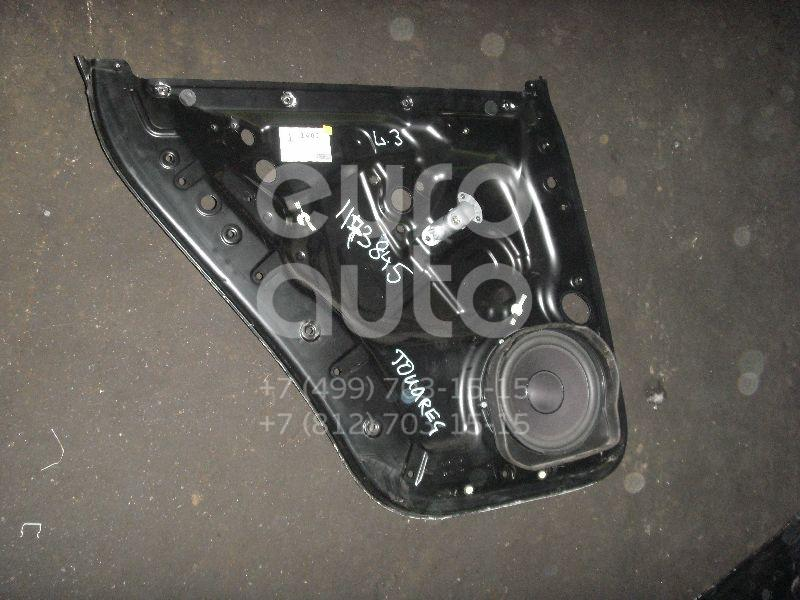 Щит опорный задний левый для VW Touareg 2002-2010 - Фото №1