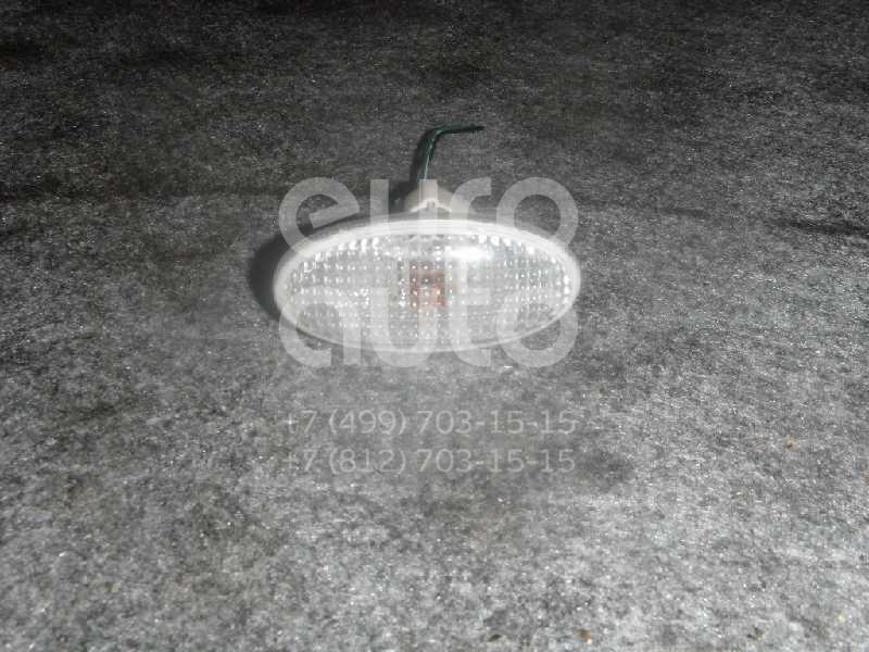 Повторитель на крыло белый для Mazda Mazda 6 (GG) 2002-2007 - Фото №1