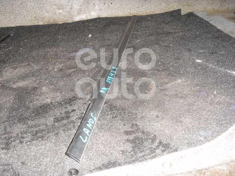 Накладка стекла заднего правого для Chevrolet,Daewoo Lanos 2004-2010;Lanos 1997-2009 - Фото №1