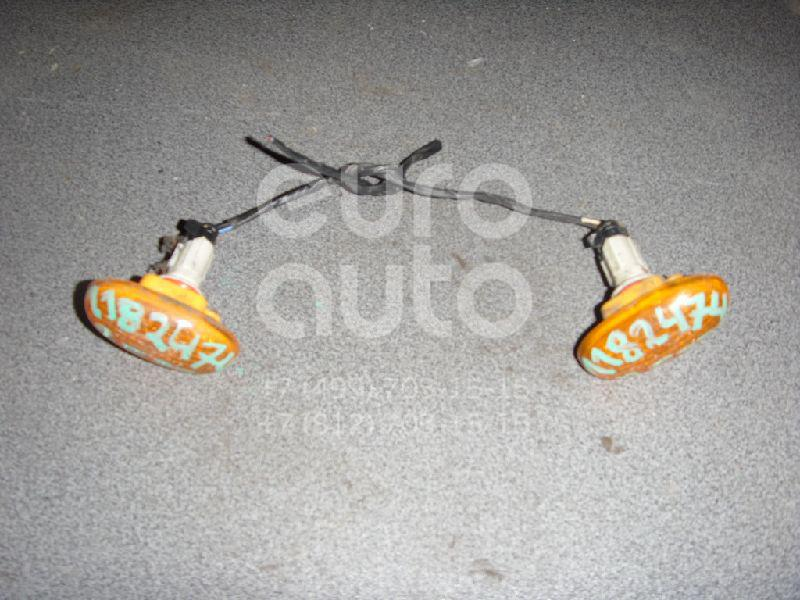 Повторитель на крыло желтый для Daewoo,Chevrolet Rezzo 2000-2011;Leganza 1997-2003;Nubira 1997-1999;Aveo (T200) 2003-2008;Rezzo 2005-2010;Nubira 1999-2003 - Фото №1