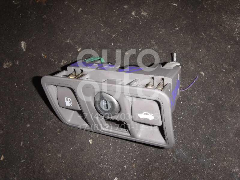 Кнопка открывания багажника для Lexus GS 300/400/430 1998-2004 - Фото №1