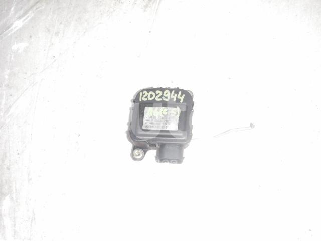 Моторчик заслонки отопителя для Audi A6 [C5] 1997-2004;Allroad quattro 2000-2005 - Фото №1
