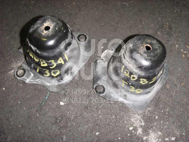 Кронштейн заднего бампера для Nissan X-Trail (T30) 2001-2006 - Фото №1