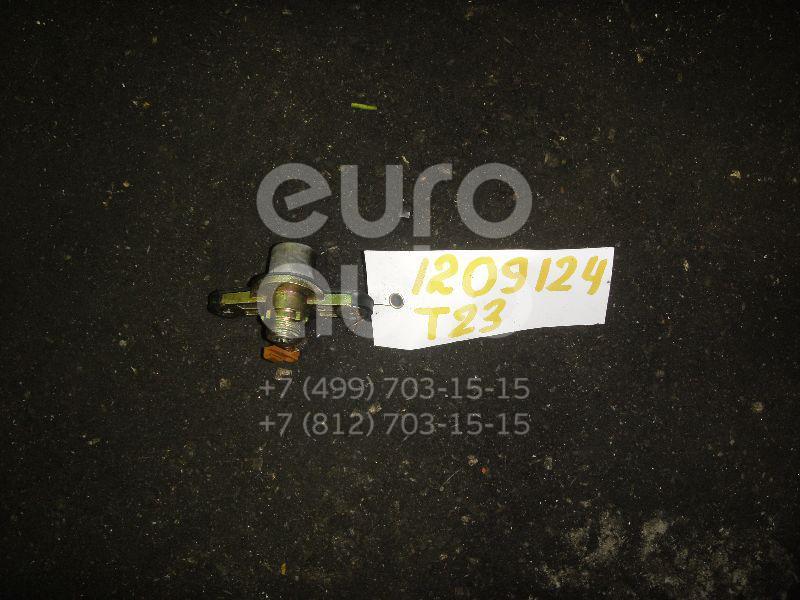 Вставка замка багажника для Toyota Celica (ZT23#) 1999-2005 - Фото №1