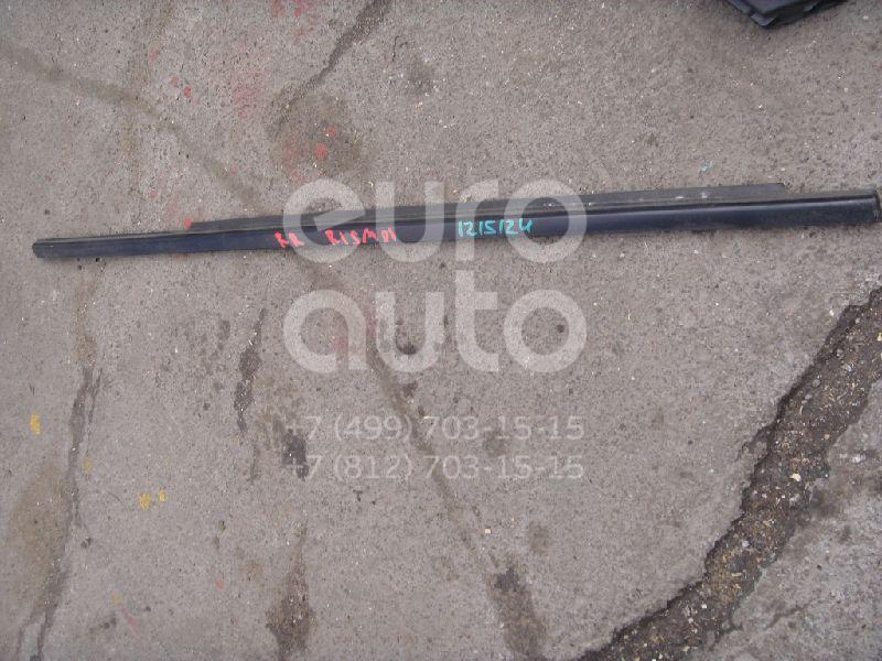 Накладка стекла заднего правого для Mitsubishi Carisma (DA) 2000-2003;Carisma (DA) 1995-2000 - Фото №1