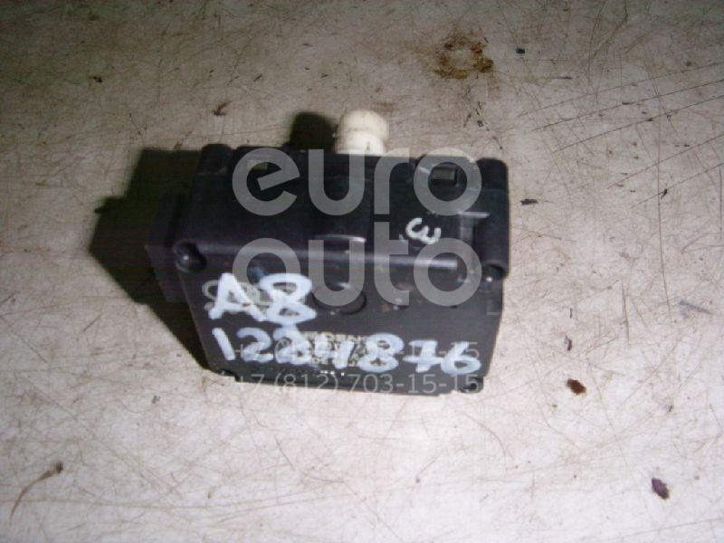 Моторчик заслонки отопителя для Audi A8 [4D] 1994-1998 - Фото №1