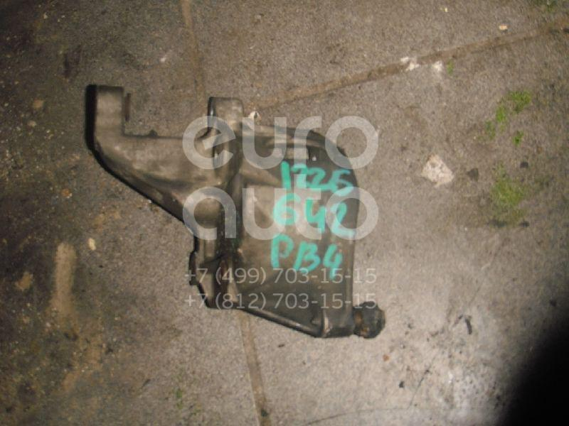 Кронштейн гидроусилителя для VW Passat [B4] 1994-1996 - Фото №1