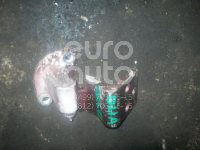 Петля двери передней правой нижняя для Mercedes Benz Vito (638) 1996-2003 - Фото №1