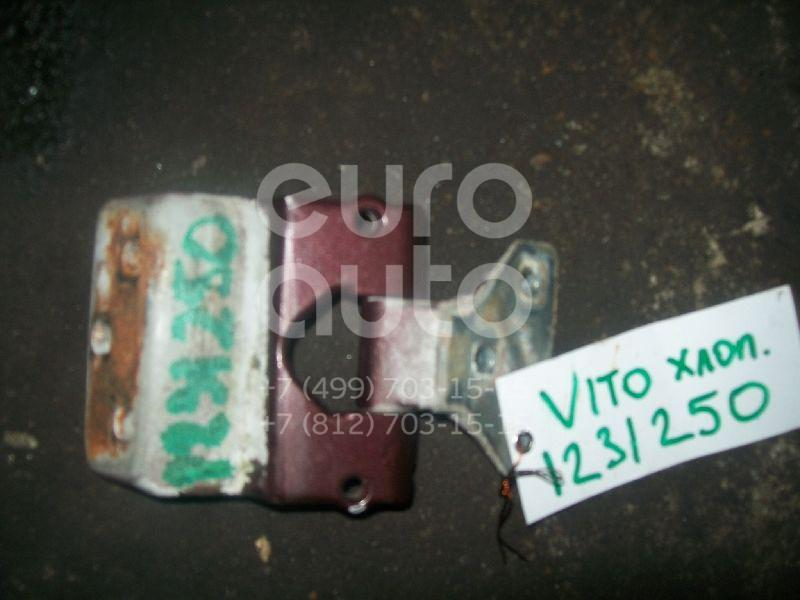 Петля двери багажника для Mercedes Benz Vito (638) 1996-2003 - Фото №1