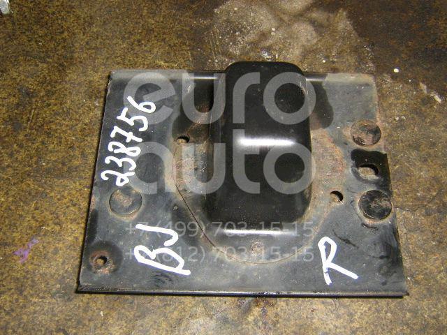 Кронштейн заднего бампера правый для Mazda 323 (BJ) 1998-2003 - Фото №1