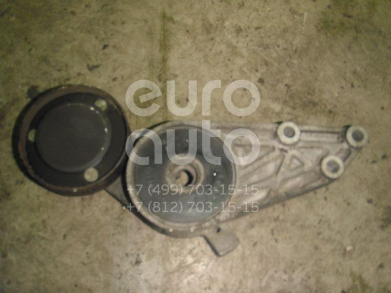 Ролик руч.ремня с кронштейном для Audi,VW A4 [B5] 1994-2000;A6 [C4] 1994-1997;Passat [B5] 1996-2000 - Фото №1
