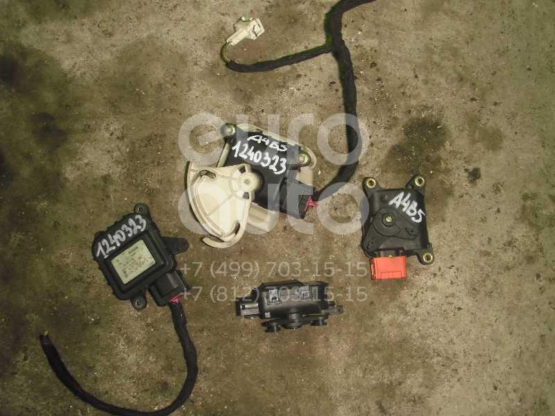 Моторчик заслонки отопителя для VW A4 [B5] 1994-2000;Passat [B5] 1996-2000;Passat [B5] 2000-2005 - Фото №1