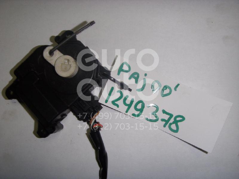 Моторчик заслонки отопителя для Mitsubishi Pajero/Montero III (V6, V7) 2000-2006 - Фото №1
