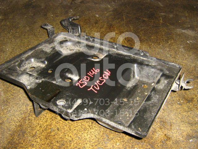 Крепление АКБ (корпус/подставка) для Hyundai Tucson 2004-2010 - Фото №1
