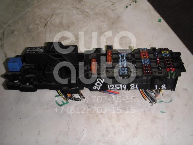 Блок предохранителей для Mercedes Benz W202 1993-2000 - Фото №1