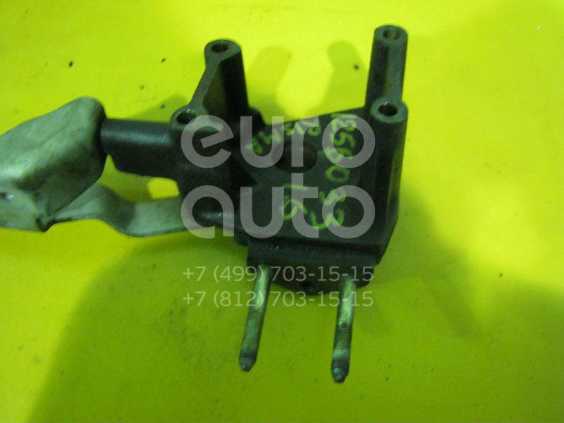 Кронштейн двигателя правый для Mitsubishi Carisma (DA) 1995-2000;Colt (CJ) 1996-2004 - Фото №1