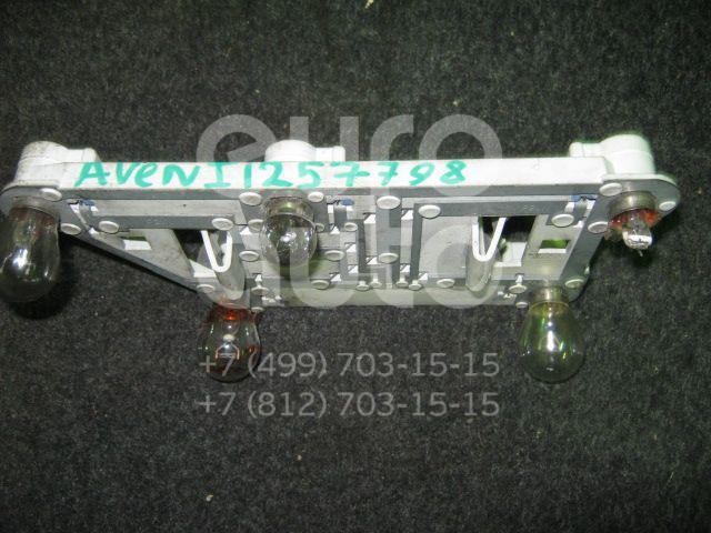 Плата заднего фонаря правого для Toyota Avensis I 1997-2003 - Фото №1