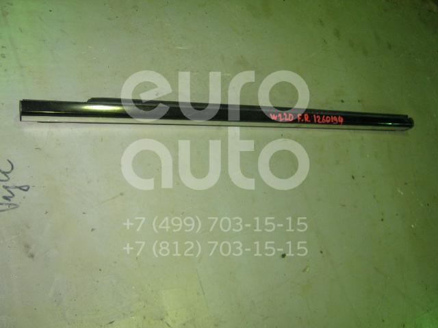 Накладка стекла переднего правого для Mercedes Benz W220 1998-2005 - Фото №1