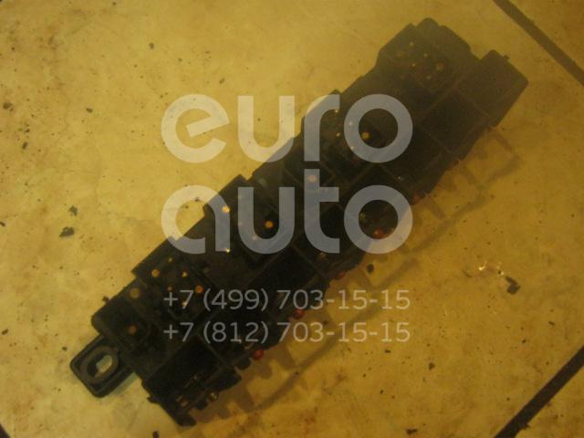 Блок предохранителей для Audi 100 [C4] 1991-1994;A4 [B5] 1994-2000;A6 [C4] 1994-1997;A8 1994-1998 - Фото №1