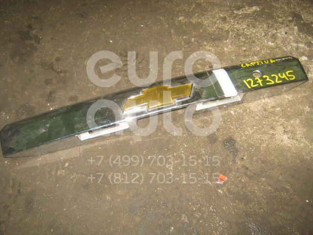 Накладка двери багажника для Chevrolet Captiva (C100) 2006-2010 - Фото №1