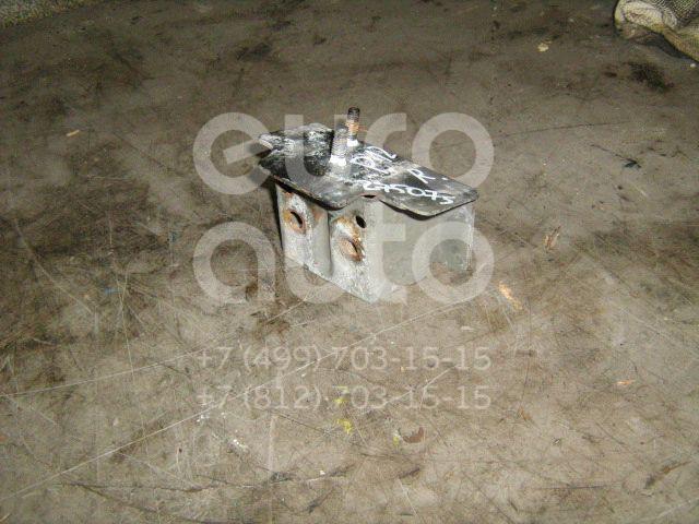 Кронштейн усилителя переднего бампера правый для Nissan Primera P12E 2002-2007 - Фото №1