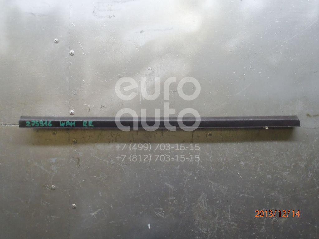 Накладка стекла заднего правого для Nissan Primera WP11E 1998-2001 - Фото №1