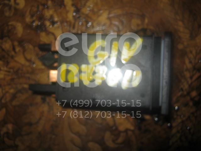 Кнопка аварийной сигнализации для VW Golf IV/Bora 1997-2005 - Фото №1