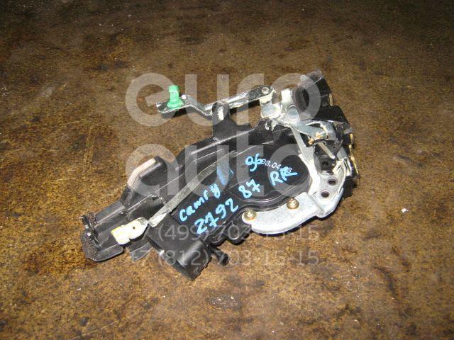 Замок двери задней правой для Toyota Camry XV20 1996-2001 - Фото №1