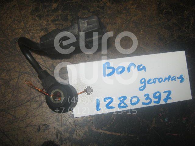 Датчик детонации для Seat Golf IV/Bora 1997-2005;A3 (8L1) 1996-2003;TT(8N3) 1998-2006;Leon (1M1) 1999-2006;Toledo II 1999-2006;Octavia 1997-2000;Ibiza III 1999-2002;Cordoba 1999-2002 - Фото №1