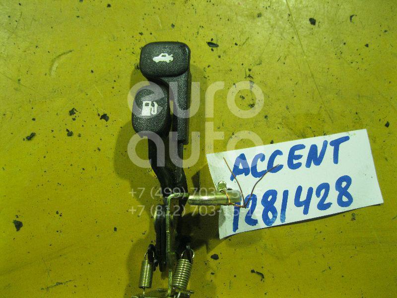 Ручка открывания багажника для Hyundai,Kia Accent II (+ТАГАЗ) 2000-2012;Coupe (RD) 1996-2002;Atos (MX) 1998-2003;Cerato 2004-2008;Lantra 1995-2000;Cerato 2009-2013;Solaris 2010-2017;RIO 2011-2017;Atos Prime 1999-2007;Cerato 2013> - Фото №1