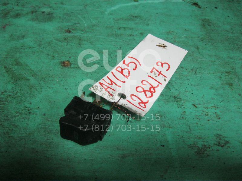 Кнопка стеклоподъемника для Audi A4 [B5] 1994-2000;A8 [4D] 1994-1998;A8 [4D] 1998-2003 - Фото №1