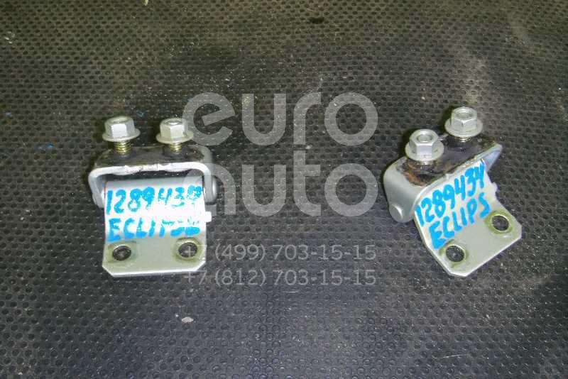 Петля двери багажника для Mitsubishi Eclipse III 1999-2005 - Фото №1