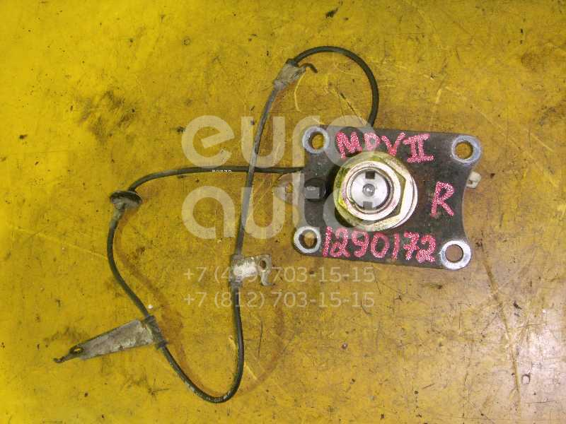 Цапфа (п.з.к.) для Mazda MPV II (LW) 1999-2006 - Фото №1
