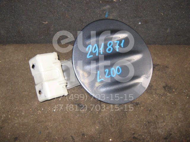 Лючок бензобака для Mitsubishi L200 (KB) 2006> - Фото №1