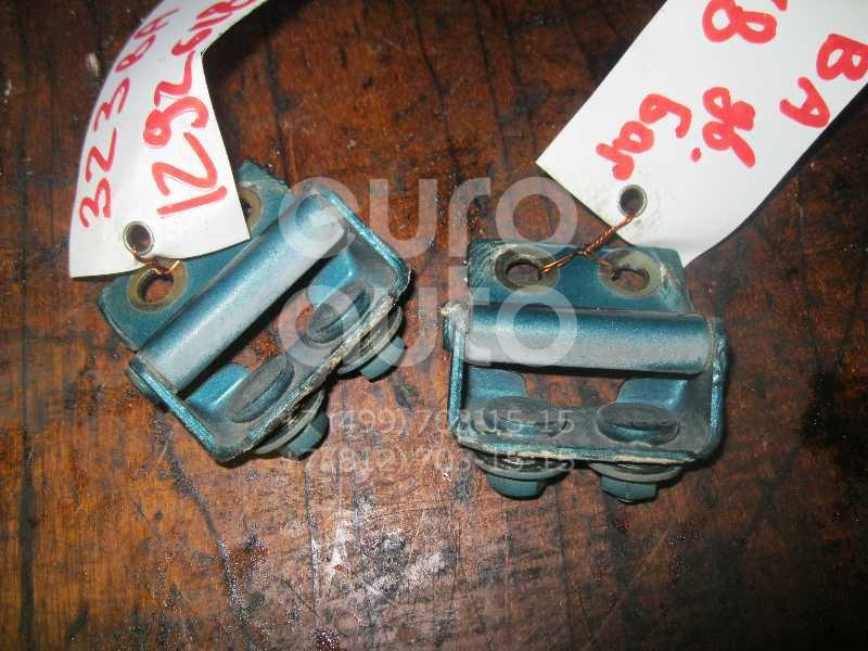 Петля двери багажника для Mazda 323 (BA) 1994-1998 - Фото №1
