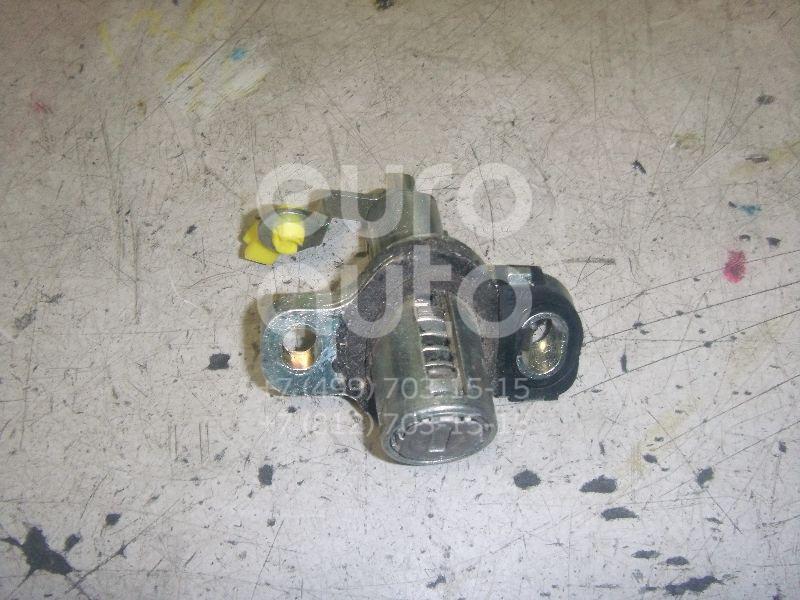 Вставка замка багажника для Toyota Corolla E15 2006-2013 - Фото №1